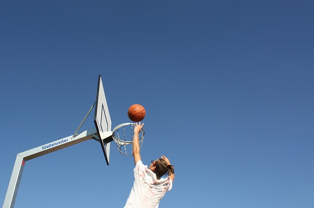 6-health-benefits-of-playing-basketball-at-an-early-age-f